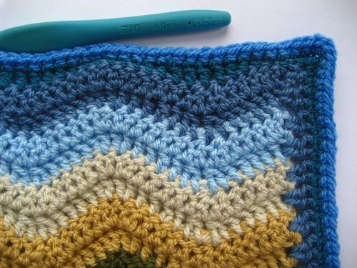 How to fill in edges of ripple blankets-scroll way down Also how to do the ripple