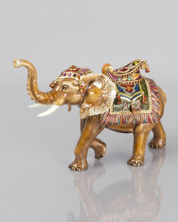 27 best elephant figurines images on pinterest elephant figurines elephant stuff and blue flowers. Black Bedroom Furniture Sets. Home Design Ideas