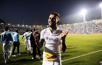 Por todos os ângulos: torcedores gravam vídeos do gol de Lucas Lima  http://santosfutebolarte.omb10.com/SantosFutebolArte/placar-de-gremio-x-santos
