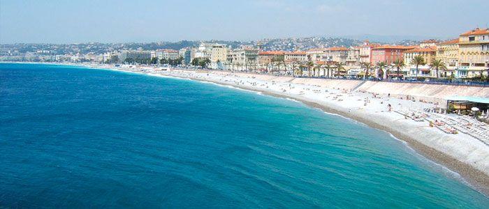 Apprendre une langue étrangère quand on travaille sur une plage privée de Nice - http://www.exploralangues.fr/apprendre-langue-etrangere-travaille-plage-privee-nice/ - Explora Langues - Ecole de langues à Nice : Anglais, Russe, Italien, Français - http://www.exploralangues.fr/