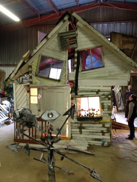 After OZ: Dorothy's Storm-Ravaged House Remade of Scrap