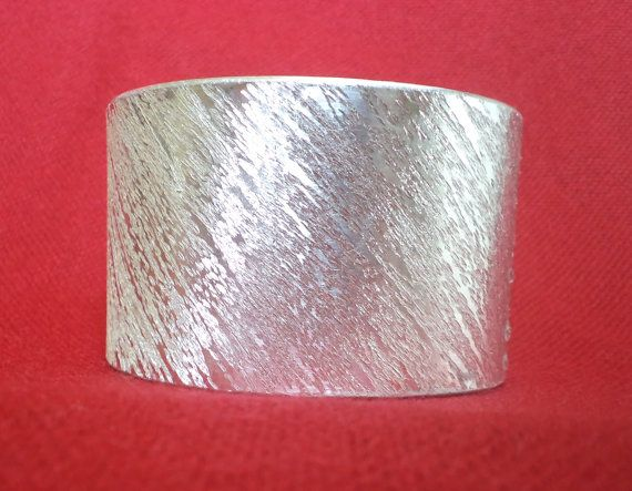 Handmade aluminium cuff bracelet adjustable by mamietco on Etsy, €20.00
