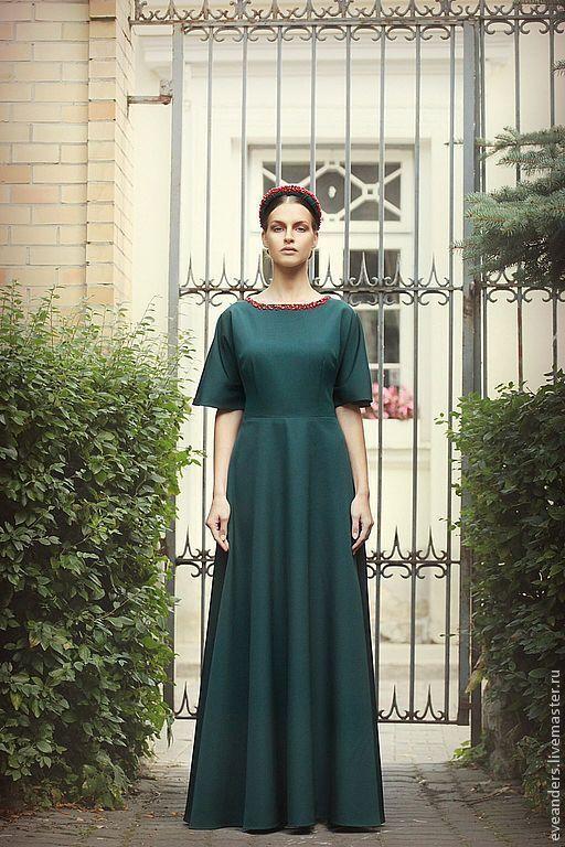 Купить Lidia - Платье из шерстяного сукна цвета лесной зелени с кораллами…
