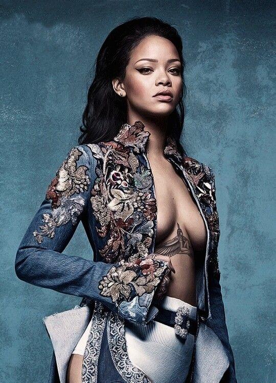 Rihanna #Rihanna #Woman #Beauty                                                                                                                                                     Más