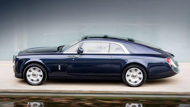 Имя заказчика не разглашается, но, по словам представителей компании Rolls-Royce, это коллекционер автомобилей и яхт, а также знаток старых моделей Роллс-Ройса. По слухам, этот автомобиль обошёлся мужчине в 10 млн фунтов стерлингов.
