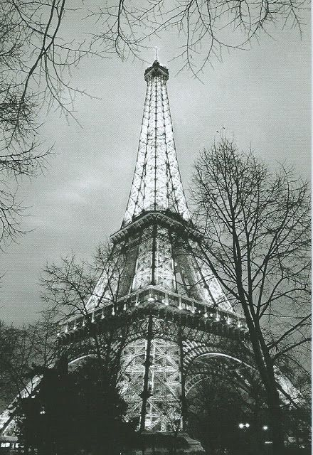 La Atalaya Nocturna: Lunes de Postal: La tour Eiffel (II)
