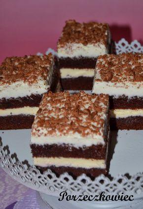 OBŁĘDNIE, pyszne czekoladowe ciasto. Wilgotne, mięciutkie przełożone dżemem porzeczkowym i dwoma masami. Od dziś moje najlepsze... ...