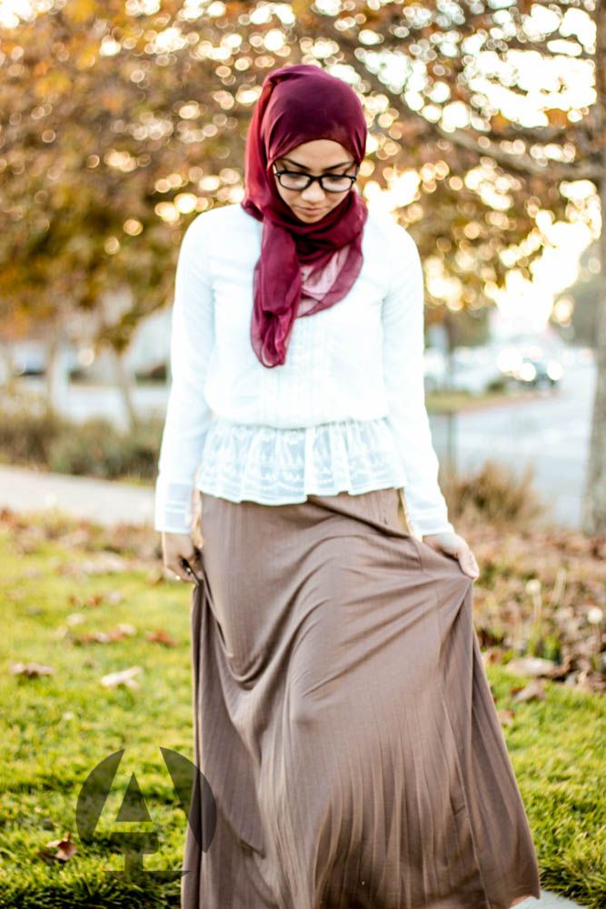 Ahfif white and tan boho chic hijab style with cotton pleated skirt | www.ahfif.com |
