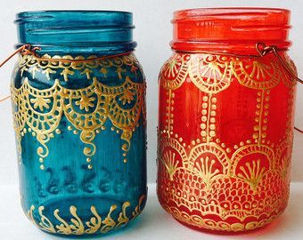 Resultado de imagen para Botellas de cristal decorativas con motivos marroquíes.