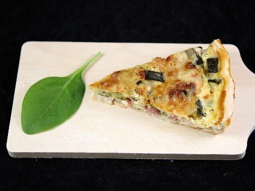 Quiche aux courgettes - Recette de cuisine Marmiton : une recette