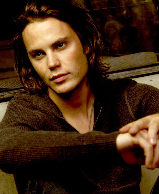taylor kitsch. although i can only see him as the hot, bad boy tim rigging from fnl.