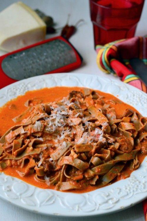 Sültpaprika-krémes tészta