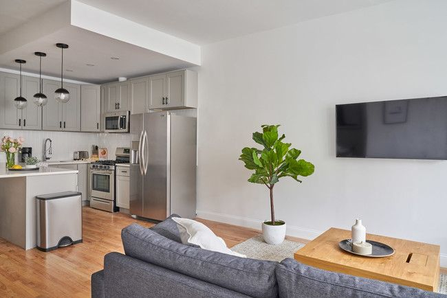 Common Baker Apartments For Rent In Brooklyn Ny Forrent Com Brooklyn Apartments For Rent Brooklyn Apartment Living Room Designs