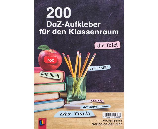 """200 #DAZ Aufkleber für den Klassenraum - """"Der Stuhl"""", """"die Tafel"""", """"das Regal"""", """"der Bleistift"""", """"die Schere"""" oder auch """"das Lineal"""" – mit diesen 200 Aufklebern können Sie im Nu alle Gegenstände, die sich im Klassenraum und in der Schultasche befinden, beschriften. Alltagsnah und situationsbezogen helfen Sie so den Deutsch-Anfängern, einen Grundwortschatz rund um die Schule aufzubauen #Betzold #Deutsch #lernen #Unterricht #Schule"""