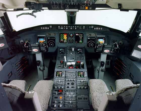 Cockpit CRJ 700. Hey ladies now you can see what my cockpit looks like :)