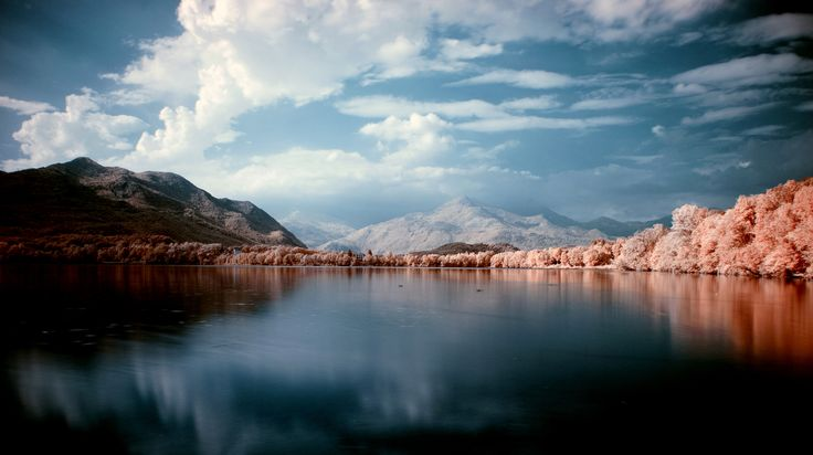https://flic.kr/p/p5B82U | Blue lake | Lago piccolo di Avigliana