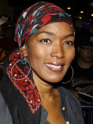 bassett single women Angela bassett recently took time out to candidly speak with bgn about her upcoming projects, motherhood, integrity, and the power of owning your choices.