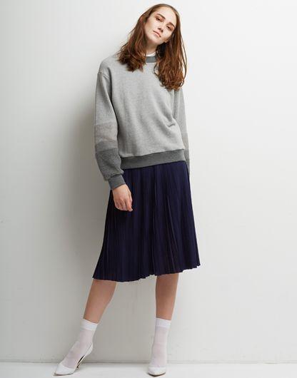 Le Ciel Bleu Fur x Sweat Top and Knit Pleated Skirt