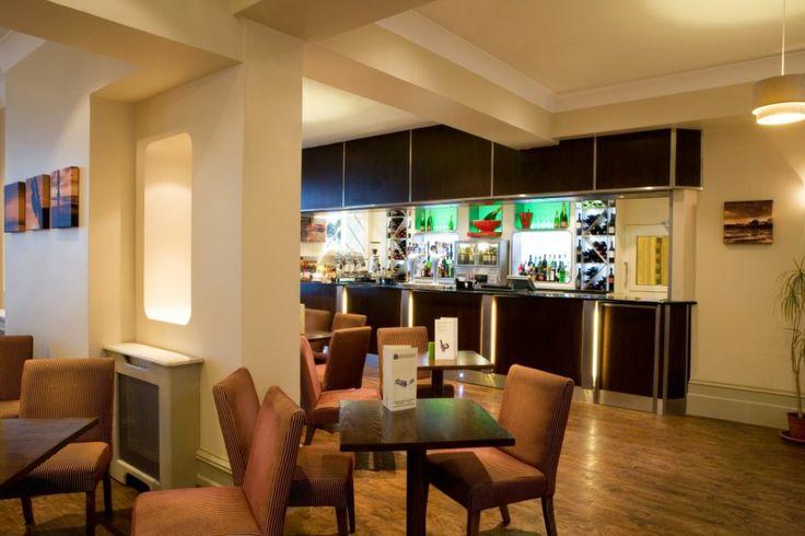 The Veranda Bar & Lounge