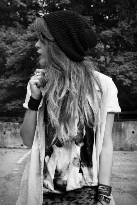 .: Hair Colors, Style, Red Hair, Hipster Girls, Outfit, Beanie, Red Ombre Hair, Redhair, Cute Clothing