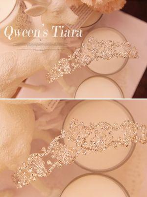 Korea feminine clothing Store [SOIR] The Queen's Tiara / Size : FREE / Price : 60.46 USD #koreafashionshop #Fashion #dailylook #dailyfashion #koreafashion #partylook #jewelry #tiara