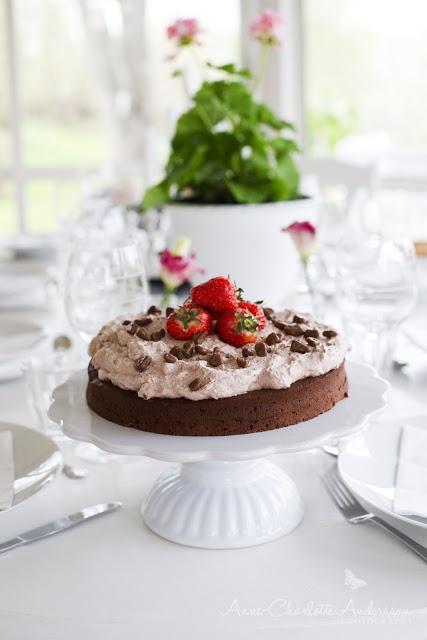 Enkel och god tårta http://www.myhomestyle.es/38-catalogo-decoracion