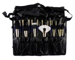 Must Have Professional Makeup Brush Set by Furless. http://furless.com.au/index.php/lets-shop/product/1798-must-have-professional-makeup-brush-set/category_pathway-39