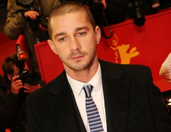 Click here to find out about even more ideas that Shia LaBeouf is stealing from artist Daniel Clowes.