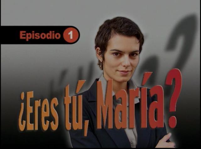 """""""¿Eres tú, María?"""" Es una serie de detectives para estudiantes de español. La protagonista es Lola, una detective privada que investiga por su cuenta un caso del que ha sido testigo."""
