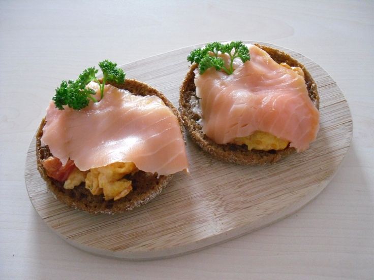 Scrambled eggs with salmon. | Food that Looks + Tastes Great | Pinter ...