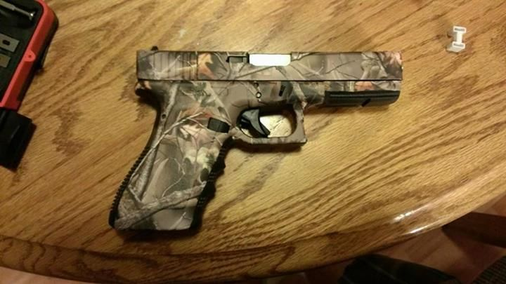 10mm Glock in Reaper Buck. Doing the ar in the same pattern. Thanks Gunskins!!