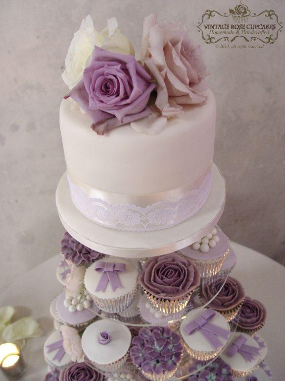 I love the purple rose cupcakes