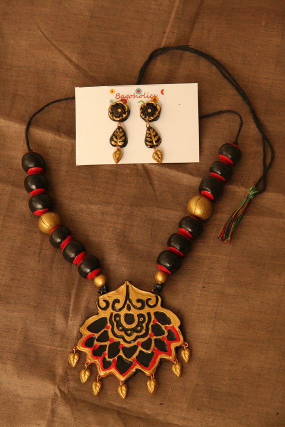 Exotic Floral Necklace Set by Bagoholics on Etsy, $45.00
