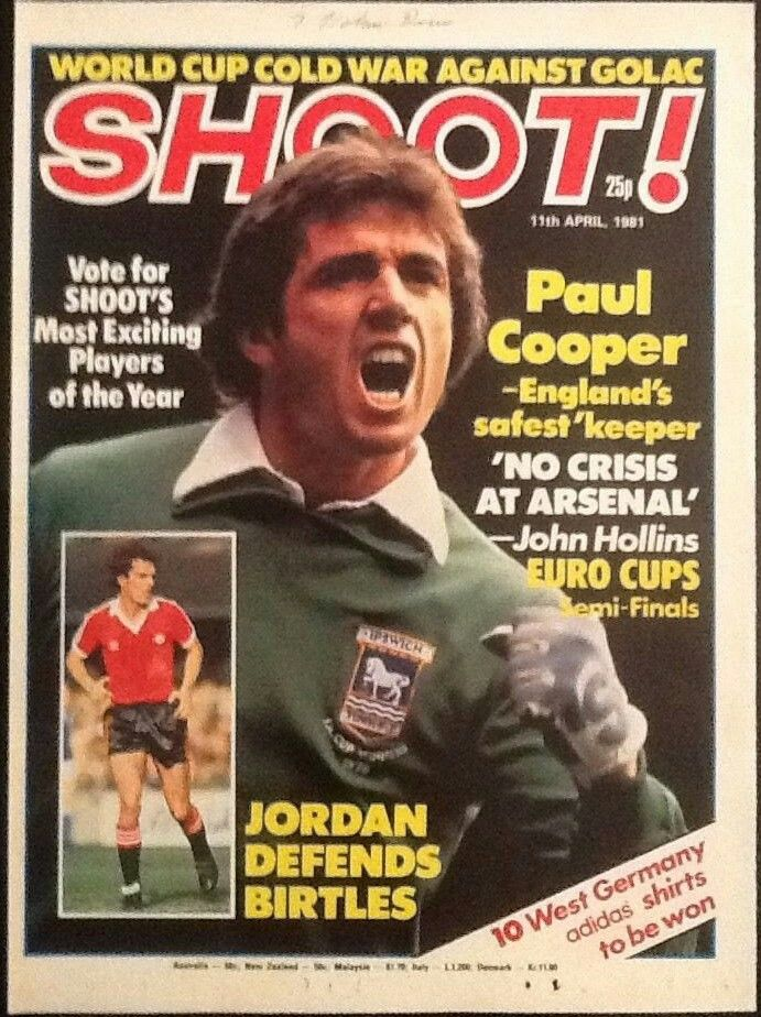 Shoot! magazine in April 1981 featuring Ipswich Town keeper Paul Cooper on the cover.