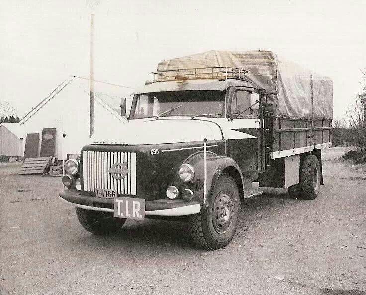 Volvo Titan 495