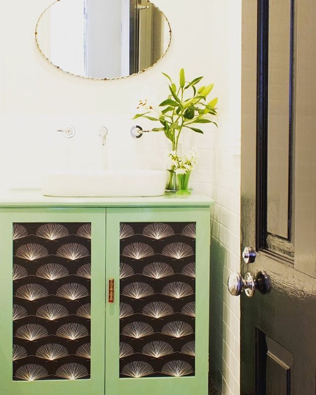 Keichan Wallpaper inset in repurposed bathroom cabinetry. Find it @emilyziz  #wallpaper #wallpaperdesign #design #bathroom #surfacedesign #interiordesign #interiors #reuse #repurpose #creative #graphic #renovation