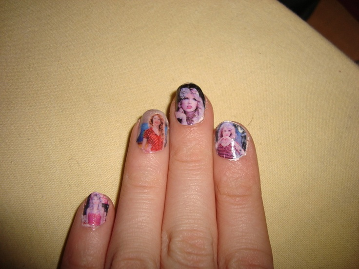 Taylor Swift nail art. Ohmygosh....I'M DOING THIS ONE DAY.