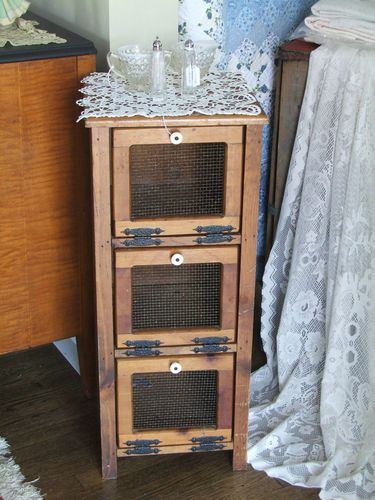 24 Best Pie Safes Images On Pinterest Pantries Pie Safe
