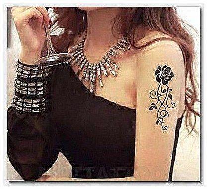 #RetroTattooIdeas #Tattoo-Schlange mit Totenkopf-Tattoos, Tattoo-Skizzen, guten Plätzen …