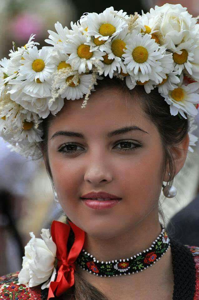 cute romanian girls face