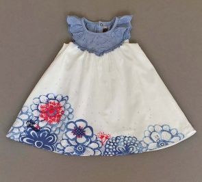Vestido de vuelo de flores azules