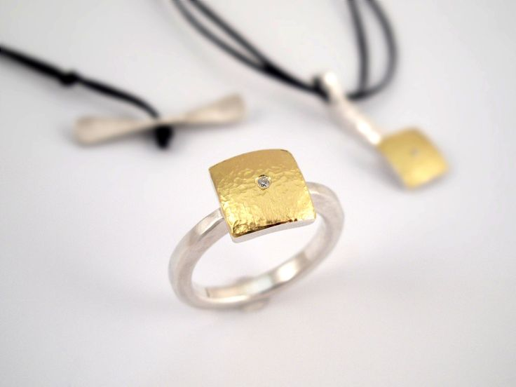Modern square hammered gold and silver ring. by TomisCraft on Etsy