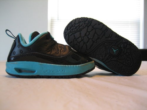 Boys Toddler Nike Air Jordan Air Max 12 CMFT Black & Teal Shoes Size 6C  $17.88