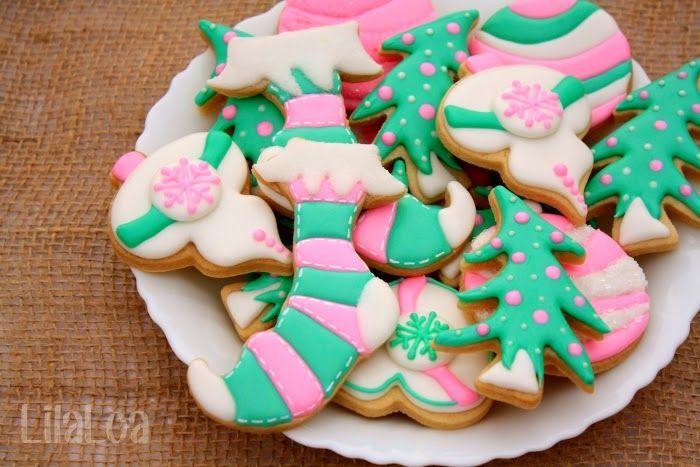 Christmas Stocking Cookies | LilaLoa: Christmas Stocking Cookies