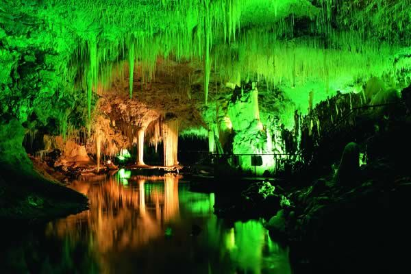 Beautiful Lake Cave near Margaret river