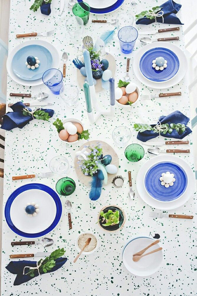 Easter table ,tableset , tabledeco, mixplate , green, blue , white