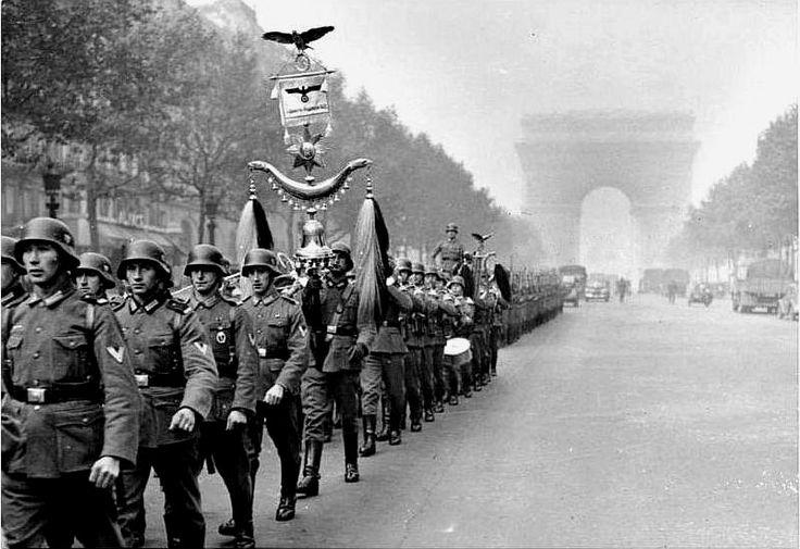 Ωστόσο, και αυτή η μάχη κρύβει ένα ιστορικό παράδοξο. Στην Δουνκέρκη έχουν παγιδευτεί περισσότεροι από 100.000 Γάλλοι στρατιώτες και όλο σχεδόν το βρετανικό εκστρατευτικό σώμα που ανέρχονταν σε περισσότερους από 200.000 Βρετανούς μάχιμους
