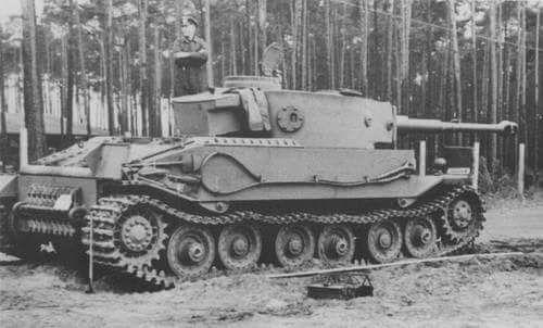 Stuka — VK 45.01 Porsche Tiger                              …