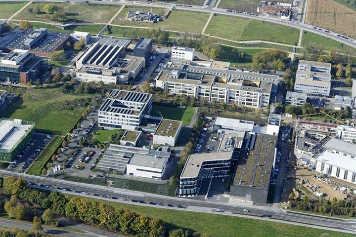 Ein Teil vom Campus Melaten (v.l.): das WZL, die drei Fraunhofer-Institute IPT, IME und ILT, der Lehrstuhl für Verbrennungskraftmaschinen (VKA) mit dem CMP (Center for Mobile Propulsion), das IKV und das IKA.  Foto: Peter Winandy