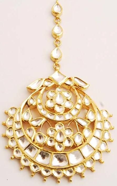 Are You Looking For Maang Tikka Your Round Face Here We Present 9 Most Beautiful Jewellery Designs Faced S To Choose Best